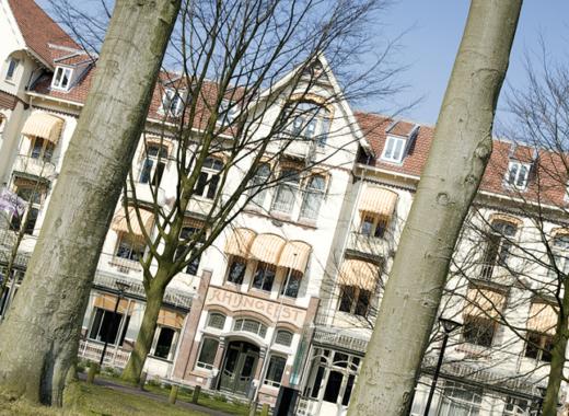 Kan de verkoper de vraagprijs van een woning tijdens de onderhandeling veranderen?